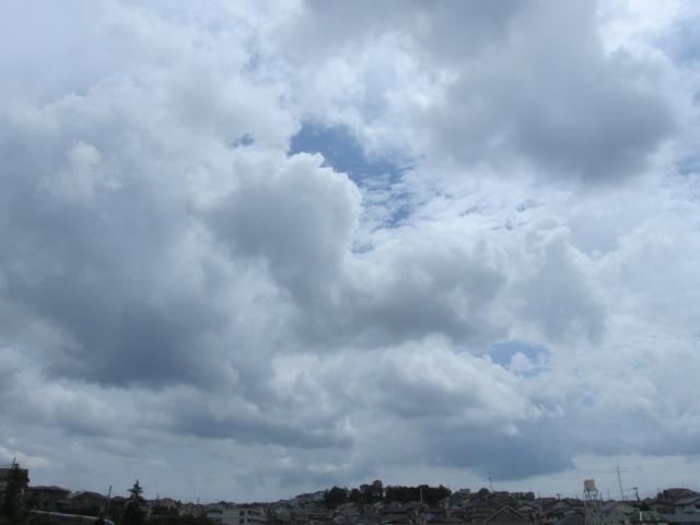 関東甲信で梅雨入り 史上3番目に早い梅雨入り