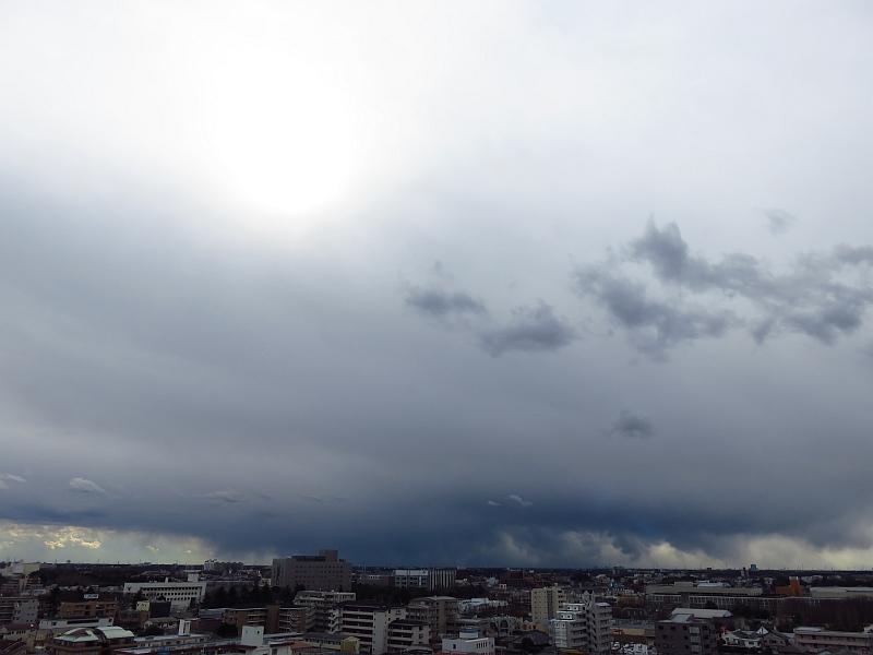 関東平野に雪雲