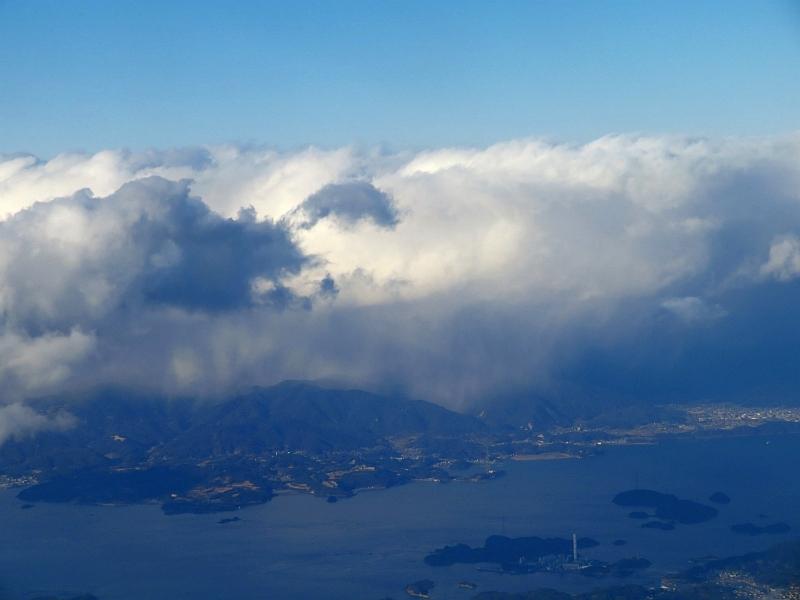 瀬戸内海沿岸に降る雪(雨)